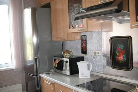 Сдается 1-комнатная квартира посуточнов Екатеринбурге, ул. Академика Бардина, 32к1.