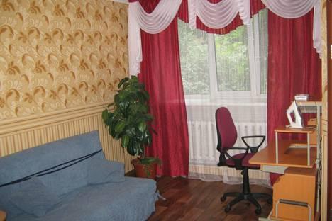 Сдается 1-комнатная квартира посуточнов Барнауле, ул. Крупской, 80.