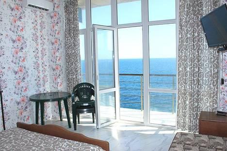 Сдается 2-комнатная квартира посуточно в Алупке, Ленина, 35б.