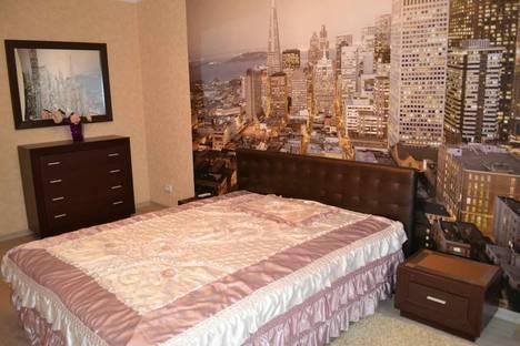 Сдается 2-комнатная квартира посуточно в Симферополе, проспект Кирова 41.