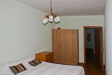 Сдается 2-комнатная квартира посуточнов Екатеринбурге, ул. Радищева, 33.
