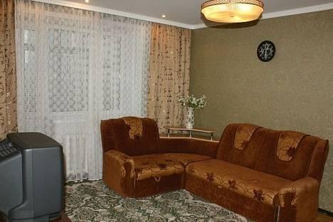 Сдается 2-комнатная квартира посуточнов Екатеринбурге, ул. Карла Маркса, 36.
