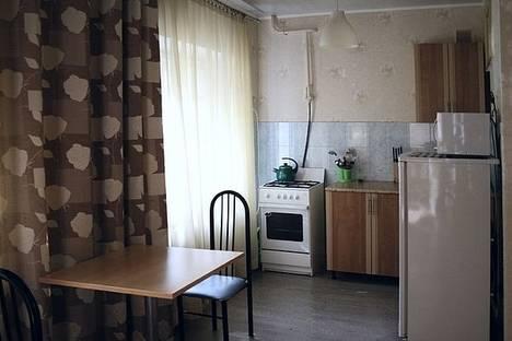 Сдается 2-комнатная квартира посуточнов Екатеринбурге, ул. Карла Маркса, 25б.