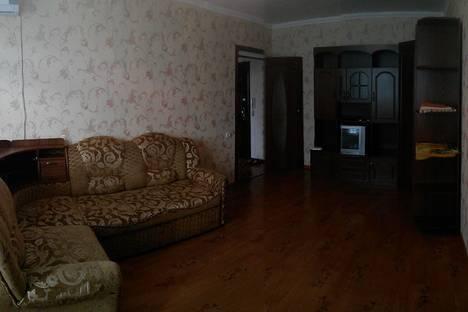 Сдается 1-комнатная квартира посуточно в Бузулуке, 3 микрорайон,10Б.