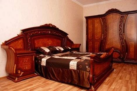 Сдается 1-комнатная квартира посуточно в Киеве, ул. Крутой Спуск 6/2.