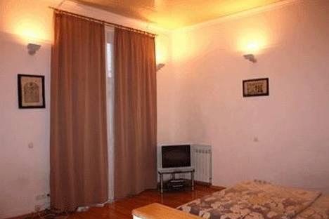 Сдается 1-комнатная квартира посуточно в Киеве, ул. Круглоуниверситетская 14.