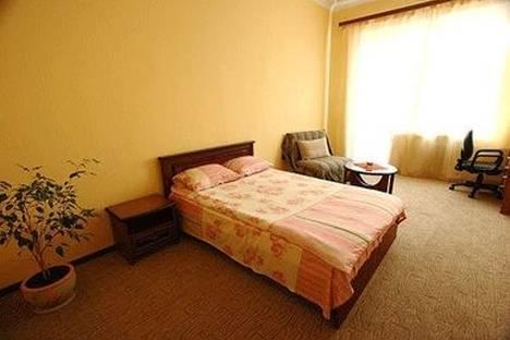 Сдается 1-комнатная квартира посуточно в Киеве, ул. Софиевская 1.