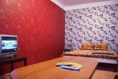 Сдается 1-комнатная квартира посуточно в Киеве, ул. Кудряшова 5а.