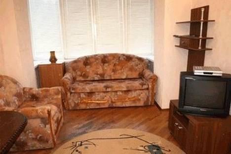 Сдается 1-комнатная квартира посуточно в Киеве, ул. Предславинская 29.