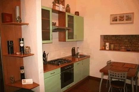 Сдается 2-комнатная квартира посуточно в Киеве, ул. Бассейная 5а.