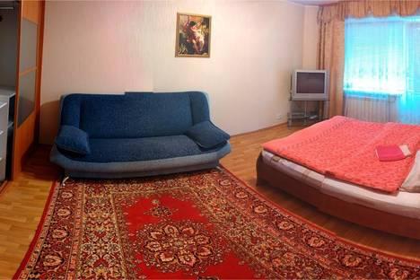 Сдается 1-комнатная квартира посуточнов Омске, Съездовская 50.