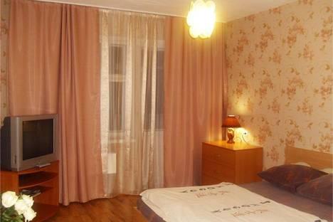Сдается 1-комнатная квартира посуточнов Омске, Куйбышева, 27, корп.3.