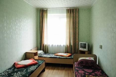 Сдается 2-комнатная квартира посуточнов Верхней Салде, Зари, 39.