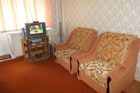 Сдается 1-комнатная квартира посуточно в Великих Луках, Центр. ул. Дьяконова, 11.