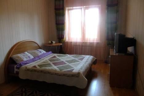 Сдается 1-комнатная квартира посуточнов Екатеринбурге, ул. Академика Постовского дом 6.