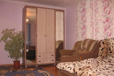 Сдается 1-комнатная квартира посуточно в Сарапуле, еф. колчина, 74.