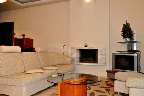 Сдается 2-комнатная квартира посуточно в Киеве, ул. Крещатик 2.