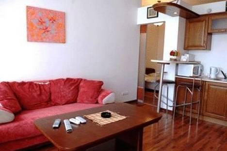 Сдается 2-комнатная квартира посуточно в Киеве, ул. Михайловская 19.