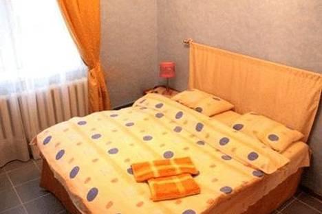 Сдается 2-комнатная квартира посуточно в Киеве, ул. Богдана Хмельницкого 10.