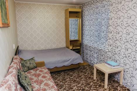 Сдается 1-комнатная квартира посуточнов Бузулуке, четвертый микрорайон,  9 а.
