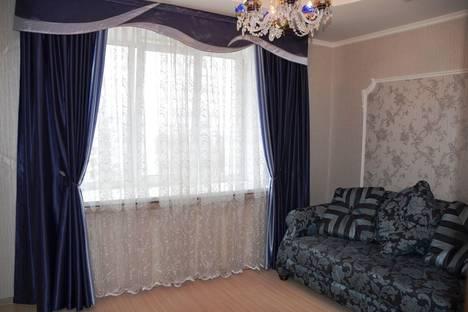 Сдается 3-комнатная квартира посуточно в Брянске, ул. Ромашина, 58.