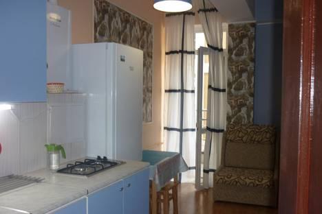 Сдается 2-комнатная квартира посуточно в Адлере, просвещения, 148.