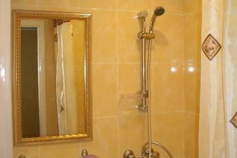 Сдается 1-комнатная квартира посуточно в Набережных Челнах, Набережночелнинский проспект, 70/56.