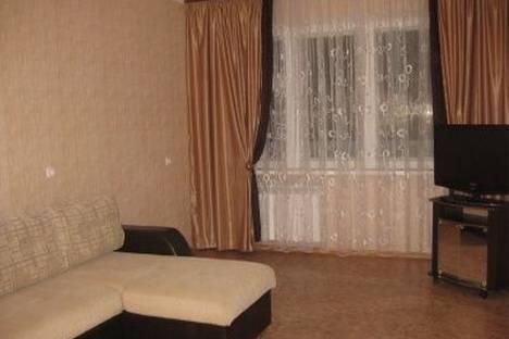 Сдается 3-комнатная квартира посуточно в Набережных Челнах, 9-й комплекс, 42.