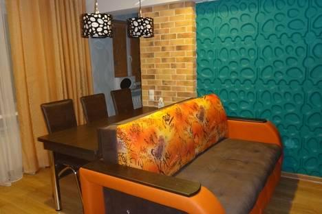 Сдается 2-комнатная квартира посуточно в Ульяновске, Минаева 4.