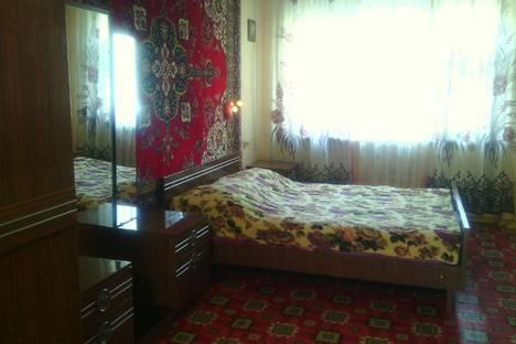 Сдается 2-комнатная квартира посуточно в Новороссийске, Глухова 6.