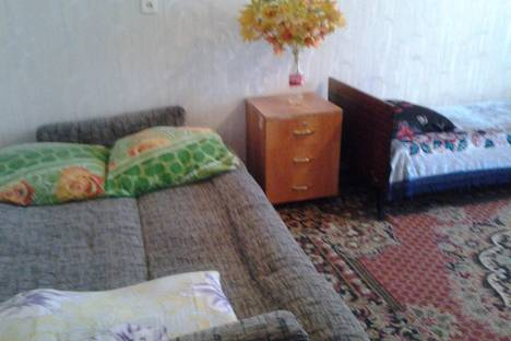 Сдается 1-комнатная квартира посуточнов Кургане, Советская, 31.