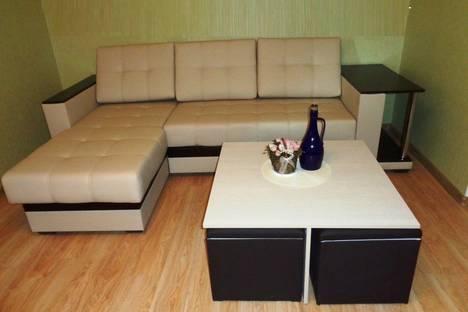 Сдается 2-комнатная квартира посуточно в Тольятти, Комсомольская 44.
