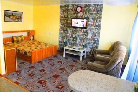 Сдается 1-комнатная квартира посуточнов Октябрьском, ул. Садовое Кольцо, 60.