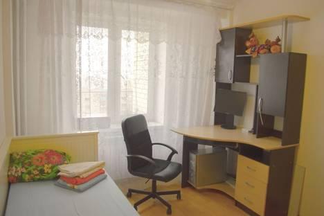 Сдается 3-комнатная квартира посуточно в Екатеринбурге, Дорожная 17.