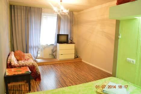 Сдается 1-комнатная квартира посуточнов Екатеринбурге, Тбилисский бульвар 3.