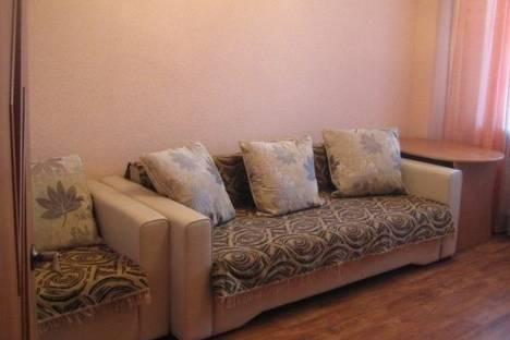 Сдается 2-комнатная квартира посуточно в Абакане, Дружбы Народов проспект, д. 40.