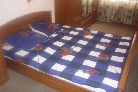 Сдается 3-комнатная квартира посуточно в Челябинске, Овчинникова улица, д. 8.