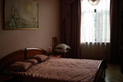 Сдается 2-комнатная квартира посуточно в Ижевске, Петрова 24.