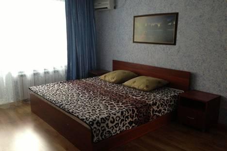 Сдается 2-комнатная квартира посуточно в Троицке, 5 микрорайон, д.4.