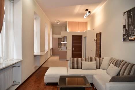 Сдается 2-комнатная квартира посуточнов Санкт-Петербурге, Набережная реки Фонтанки, 60.