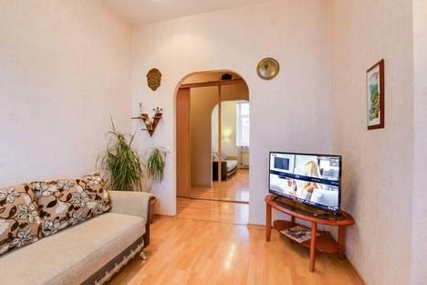 Сдается 2-комнатная квартира посуточнов Санкт-Петербурге, Караванная улица, 3.