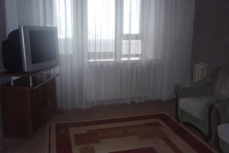 Сдается 2-комнатная квартира посуточно в Уральске, Мухита, 129.