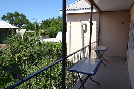 Сдается 3-комнатная квартира посуточнов Береговом, ул . Приморская 35.