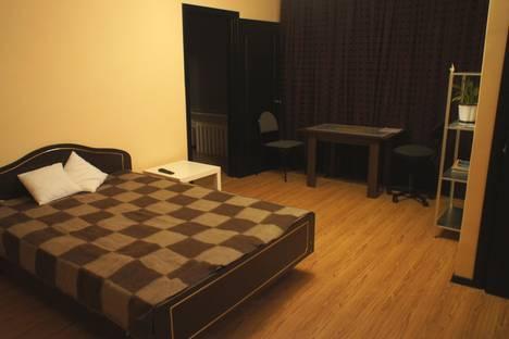 Сдается 2-комнатная квартира посуточно в Брянске, проспект Ленина, 53.