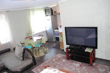Сдается 1-комнатная квартира посуточнов Омске, Карла Маркса 89.