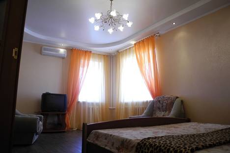 Сдается 1-комнатная квартира посуточнов Омске, Масленникова 76.