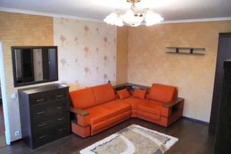 Сдается 1-комнатная квартира посуточнов Омске, Учебная 152.