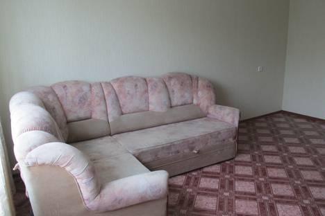 Сдается 2-комнатная квартира посуточнов Омске, Лукашевича 3.