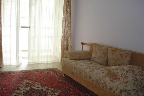 Сдается 2-комнатная квартира посуточно в Благовещенске, ул. Новая, д.4.