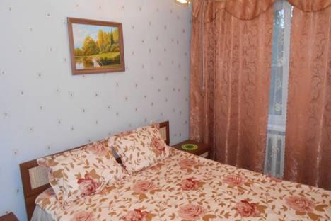 Сдается 2-комнатная квартира посуточно в Серпухове, ул. Луначарского, 35.